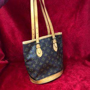 Authentic Louis Vuitton bucket pm shoulder bag